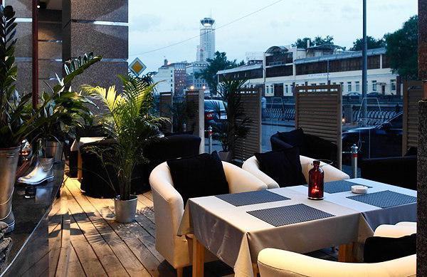 Restoran sa terasom u Moskvi recenzije