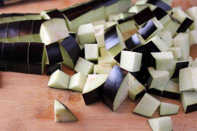 Riža s patlidžana u multivarka - ukusan, jednostavan i koristan