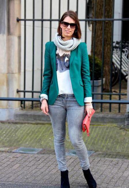 С чем носить зеленый жакет? Советы стилистов