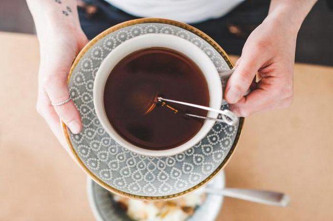 С какого возраста можно давать чай ребенку