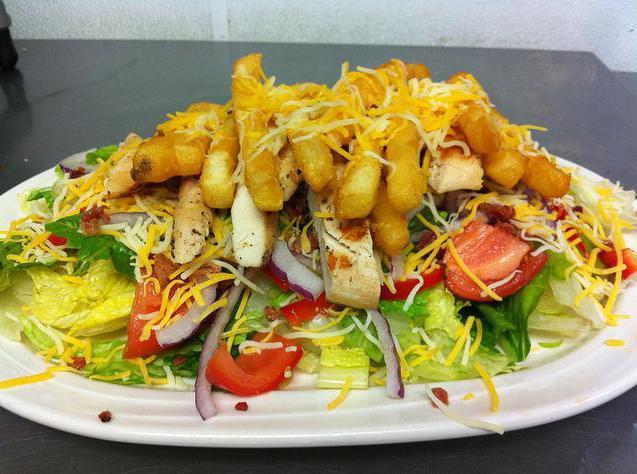 Салаты с картошкой фри - сытно и вкусно