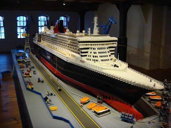 Самые большие наборы «Лего» в мире