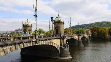 Prag Black Bridge