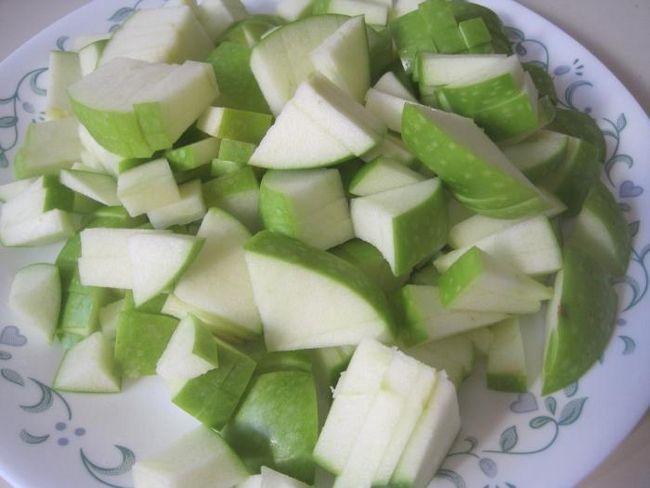 bujna pita sa jabukama