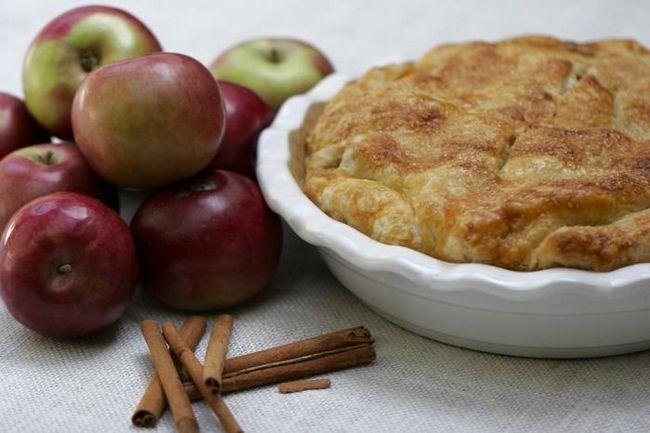 pita od jabuka s jabukama u receptu multivarka