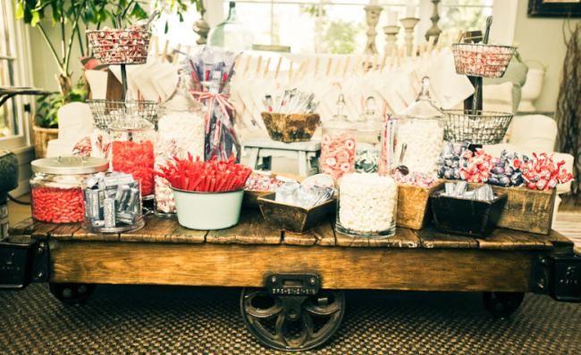 slatki stol na vjenčanju