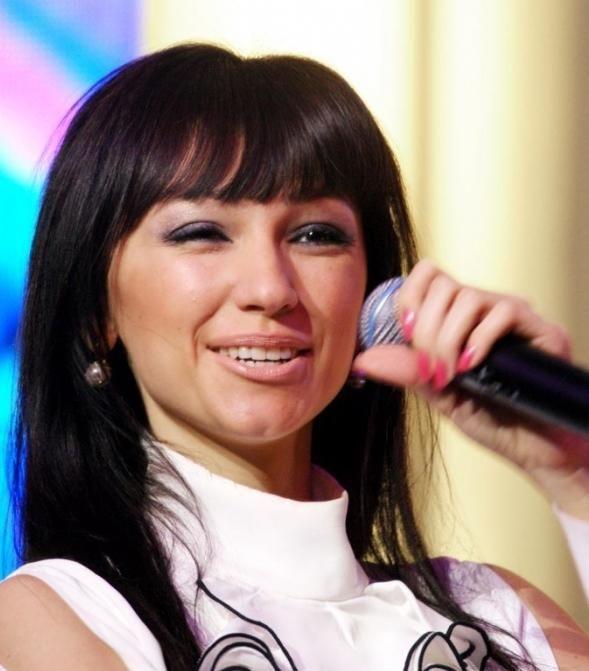 pjevač Sogdiana Biografija