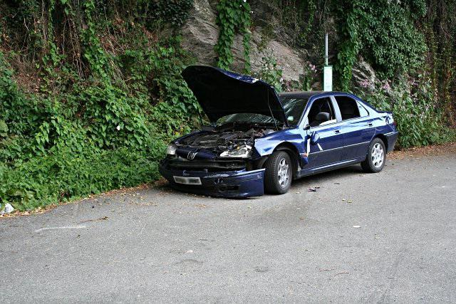 šta san automobil hit