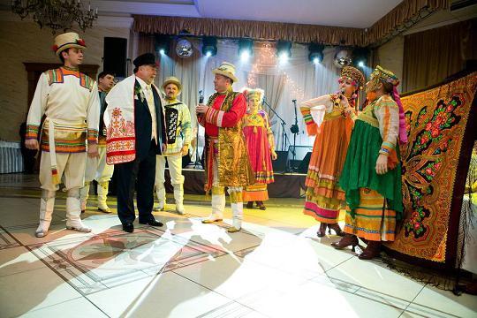 Vjenčanje u ruskom stilu ljeta