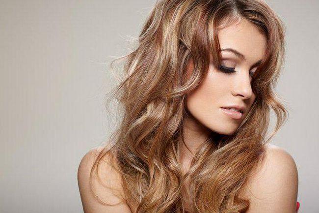 Tekstura kose. Moderna frizura za žene