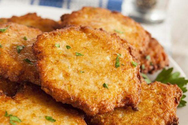 Вкусные драники картофельные: калорийность, лучшие рецепты и особенности приготовления