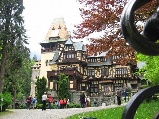 Замок пелеш, румыния (фото)